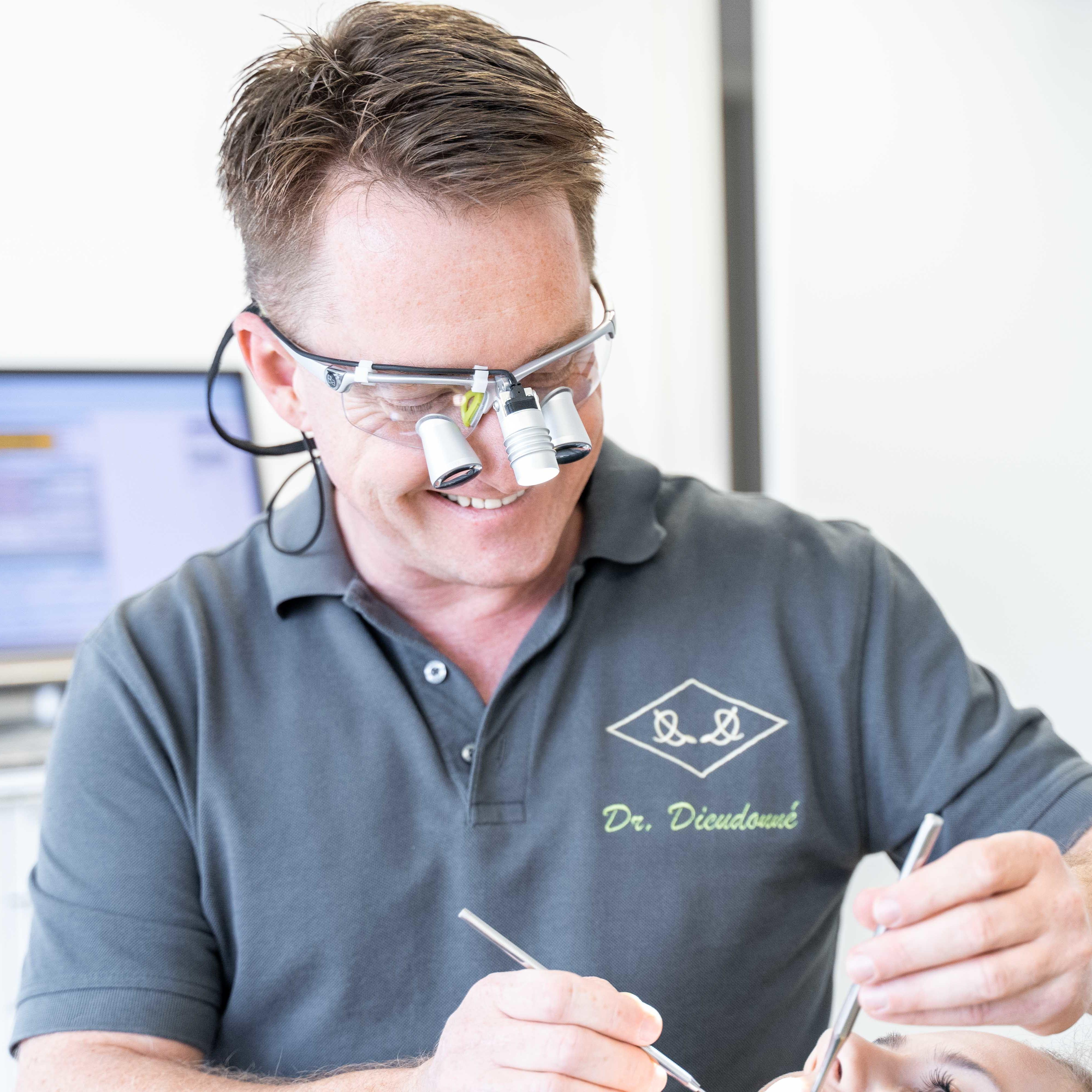 Zahnarzt Rüsselsheim Dr. Dirk Dieudonné