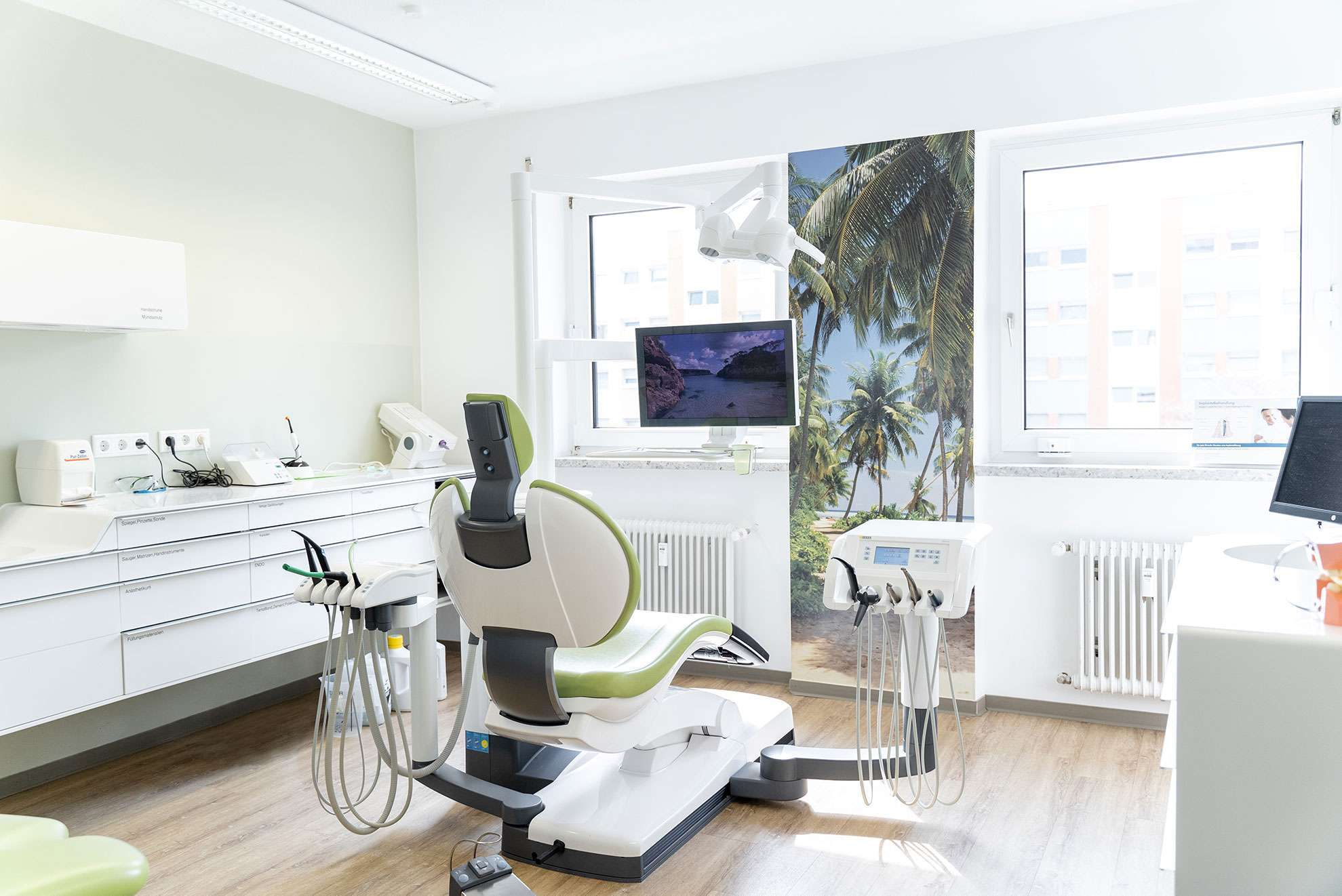 Zahnarzt Rüsselsheim Dr. Dieudonné Behandlungsraum